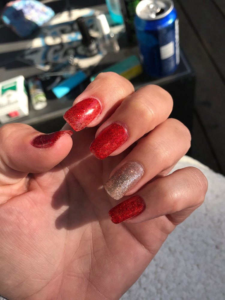 Rose Nails: 1118 Forest Ave, Pacific Grove, CA