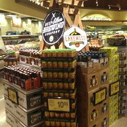 Tom Thumb Opens a Grocery Store In Uptown Dallas at The ... |Tom Thumb Food