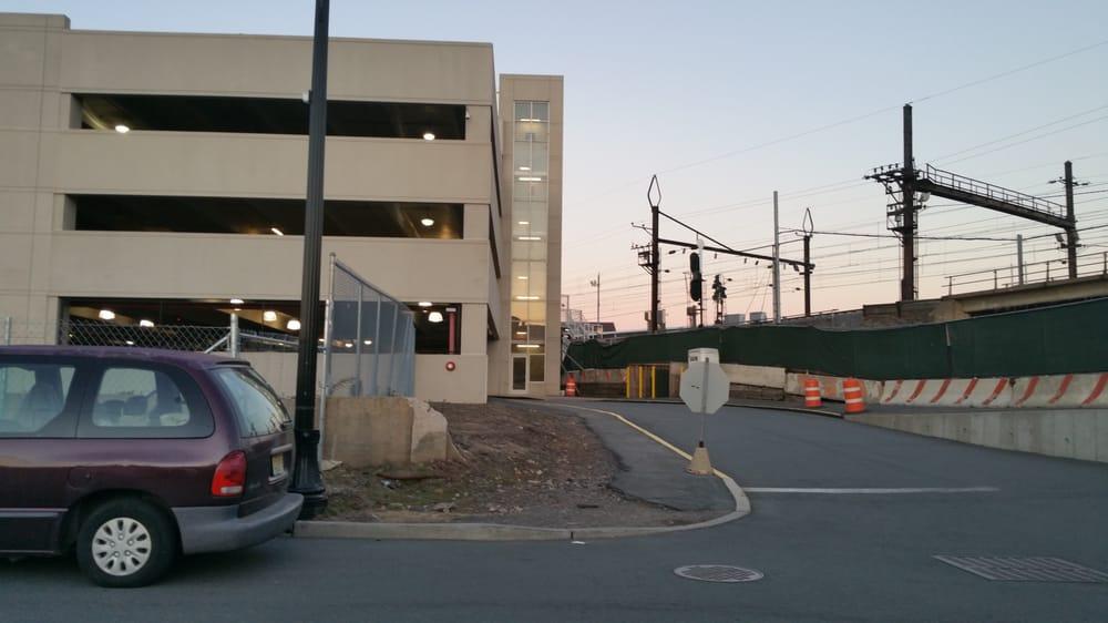 Harrison Parking Center: 890 S 3rd St, Harrison, NJ