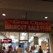 Great Clips 14 Photos 24 Reviews Hair Salons 333 Keahole St