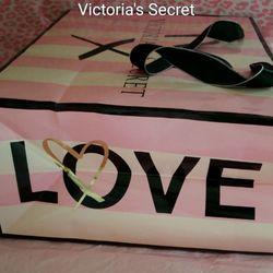 08d26212655 Victoria s Secret - 13 Reviews - Lingerie - Freehold Raceway Mal ...