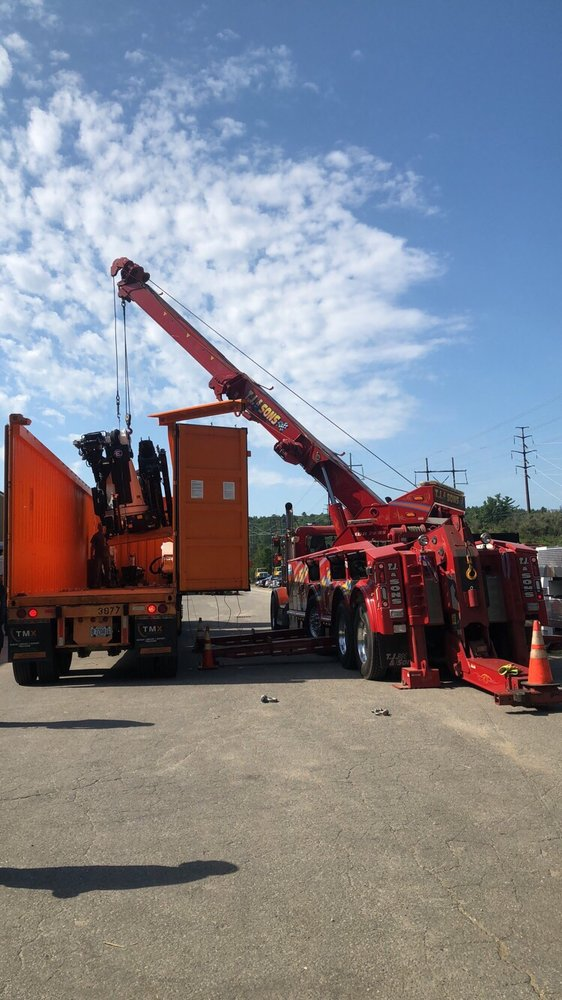 Towing business in Gardner, MA