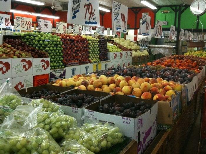 Dearborn Farm Market: 2645 Monroe St, Dearborn, MI