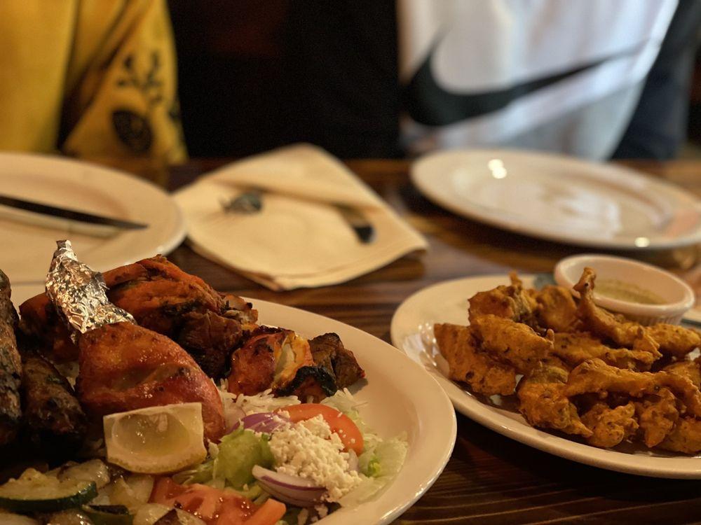 Bay Leaf Bar & Grill: 18505 Bothell Way NE, Bothell, WA