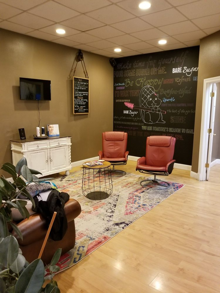 Bare Sugar Spa & Salon: 211 N Federal Ave, Mason City, IA
