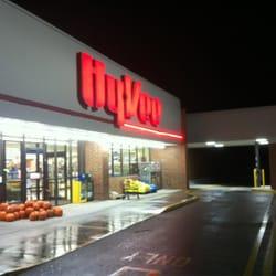 Hy-Vee Food Store - Grocery - 600 Sheldon St, Creston, IA