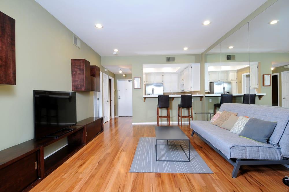 Prime Hardwood Floors