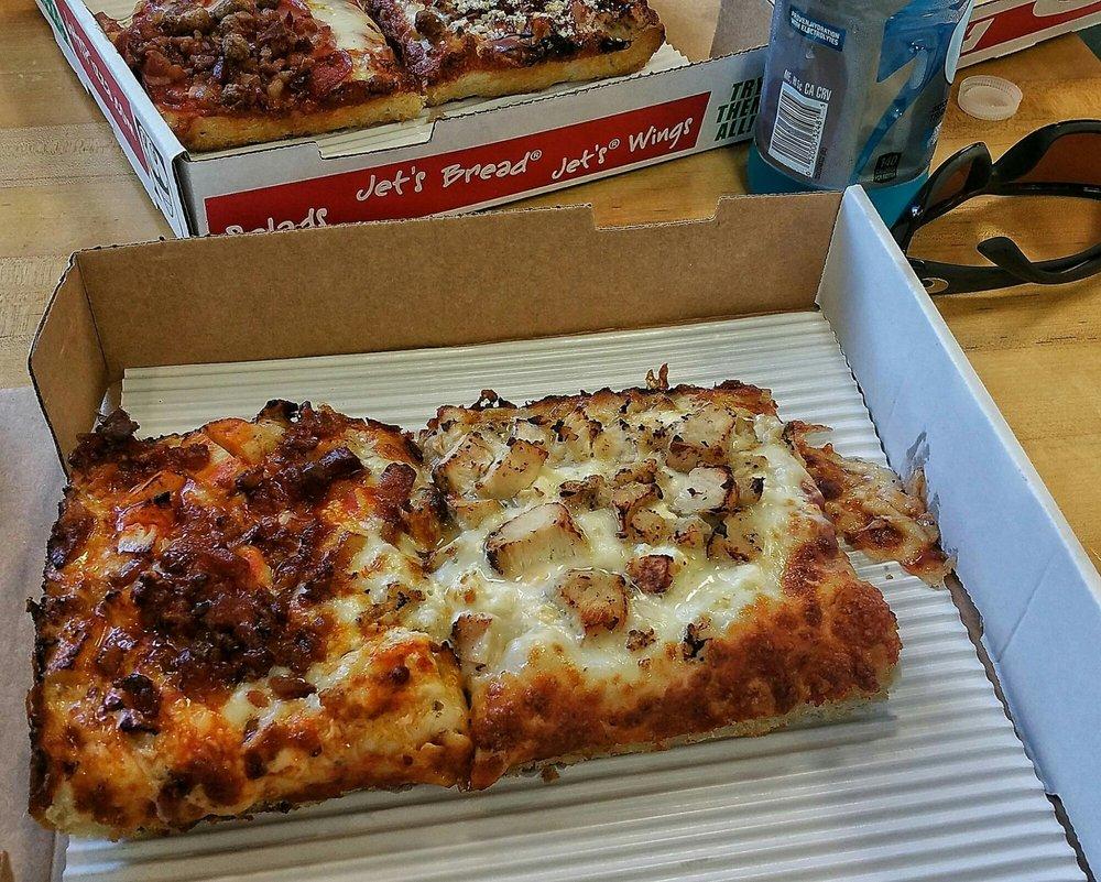 jet u0027s pizza 16 photos u0026 25 reviews pizza 13550 reflections