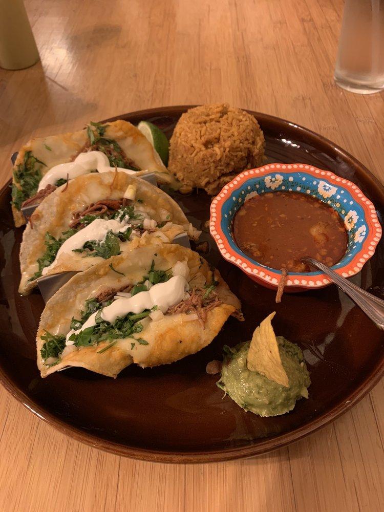 Los Pinos Mexican Restaurant: 102 Rogers Ln, Livingston, MT