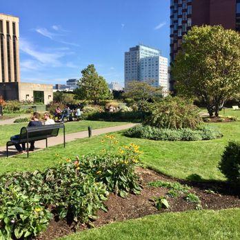 Cambridge Center Roof Garden 96 Photos 56 Reviews Parks 4 Cambridge Ctr Kendall Square