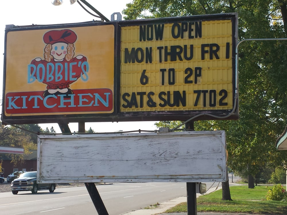 Bobbies Kitchen: 1202 S 6th St, Brainerd, MN