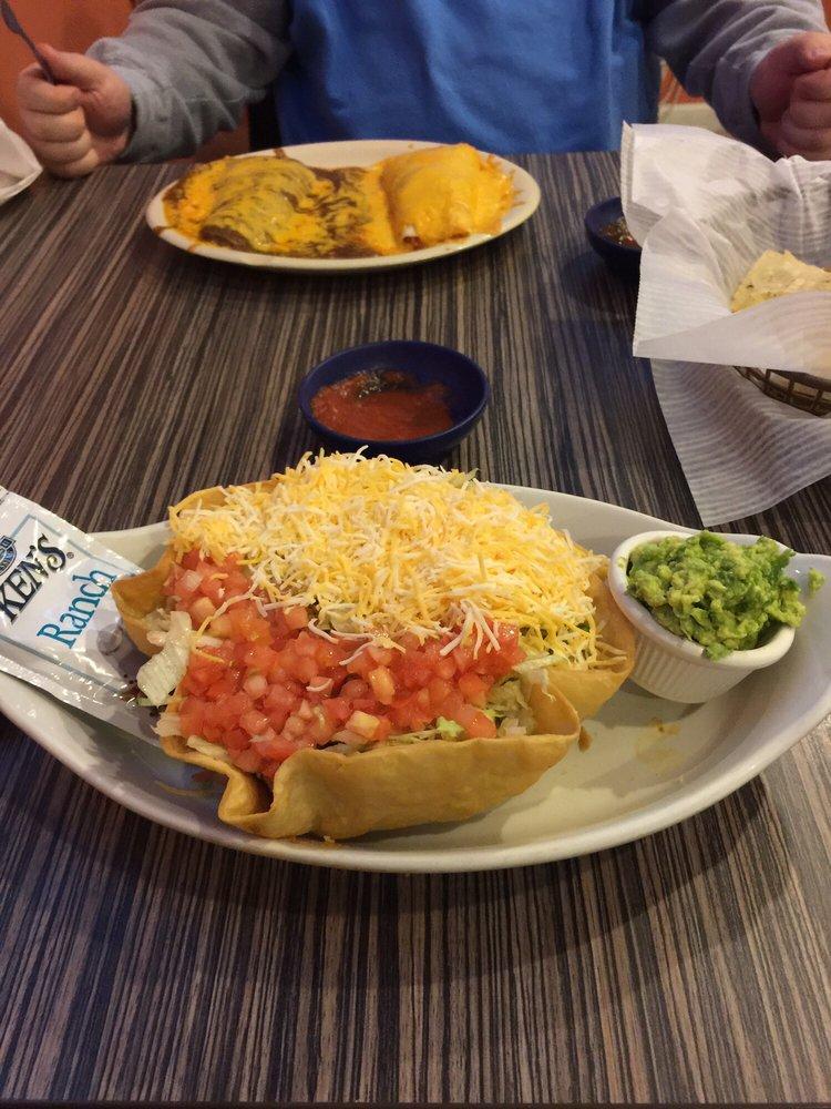 Ochoas Margarita-Mexican American Food: 8475 E US Hwy 33, Churubusco, IN