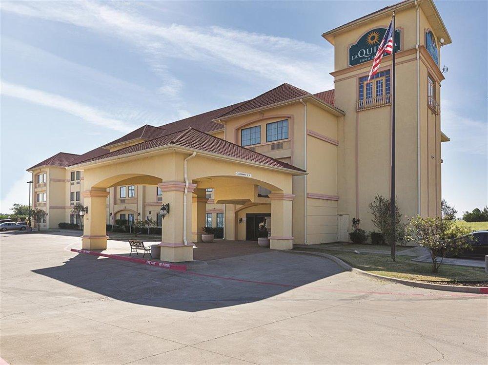 La Quinta by Wyndham Alvarado: 1165 Hwy 67W, Alvarado, TX