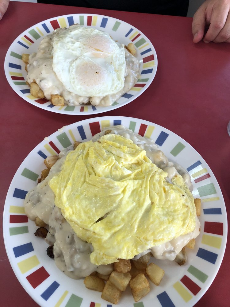 Shirley's Diner: 13097 State Highway 13, Kimberling City, MO