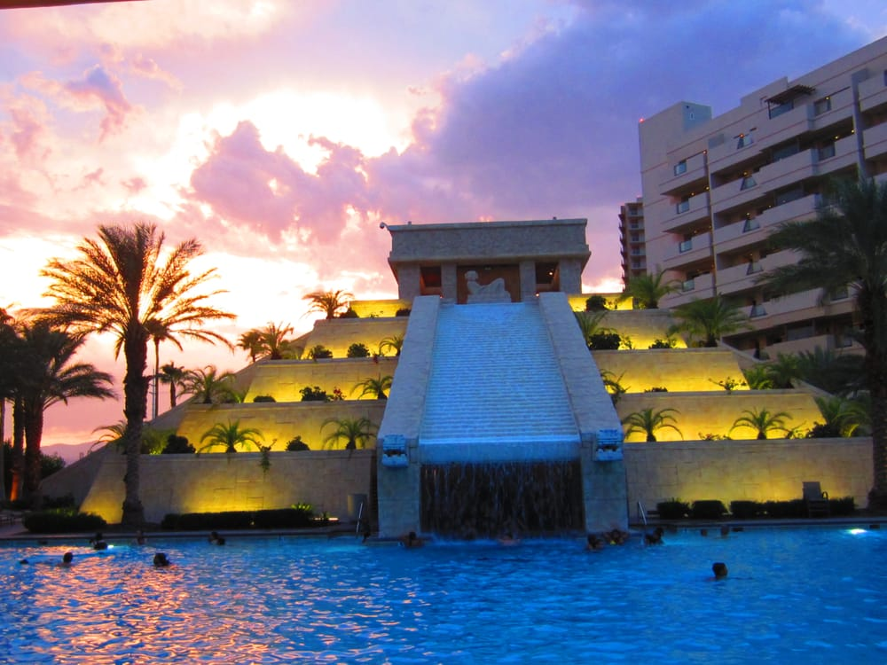 Sunset By The Pool At The Cancun Resort In Las Vegas Yelp