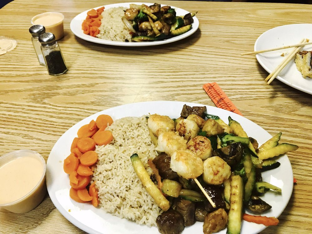 Little Fuji-Grill: 894 US Hwy 15-401 By-pass, Laurinburg, NC