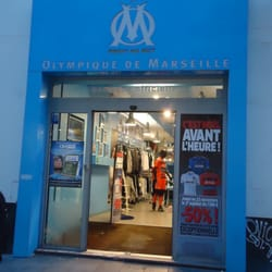 boutique officielle de l olympique de marseille sporting goods 31 rue saint ferr ol. Black Bedroom Furniture Sets. Home Design Ideas