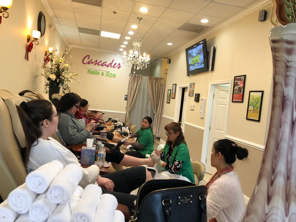 Cascades Nails & Spa: 45999 Regal Plz, Sterling, VA