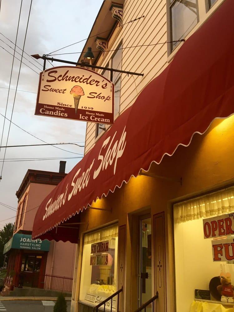 Schneider's Sweet Shop: 420 Fairfield Ave, Bellevue, KY