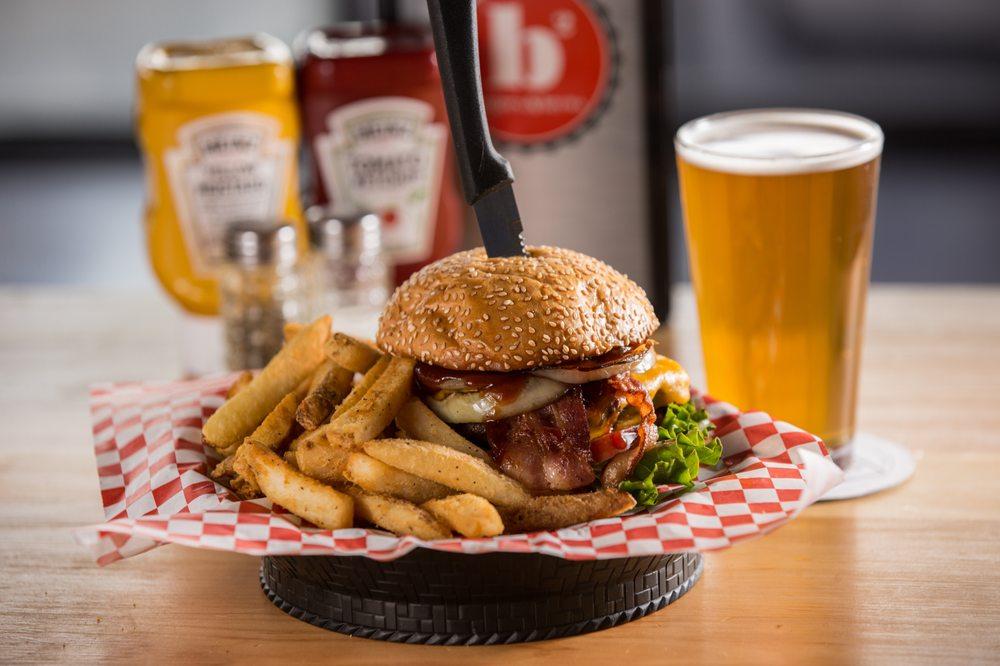 B2 Burgers & Brews