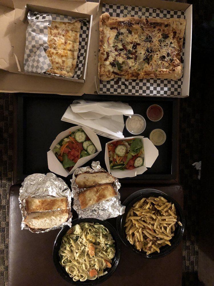 Casetta di Pasta: 300 SW 2nd Ave, Albany, OR