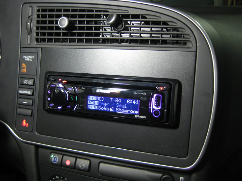 custom made radio kit installed in a saab 93 to allow. Black Bedroom Furniture Sets. Home Design Ideas