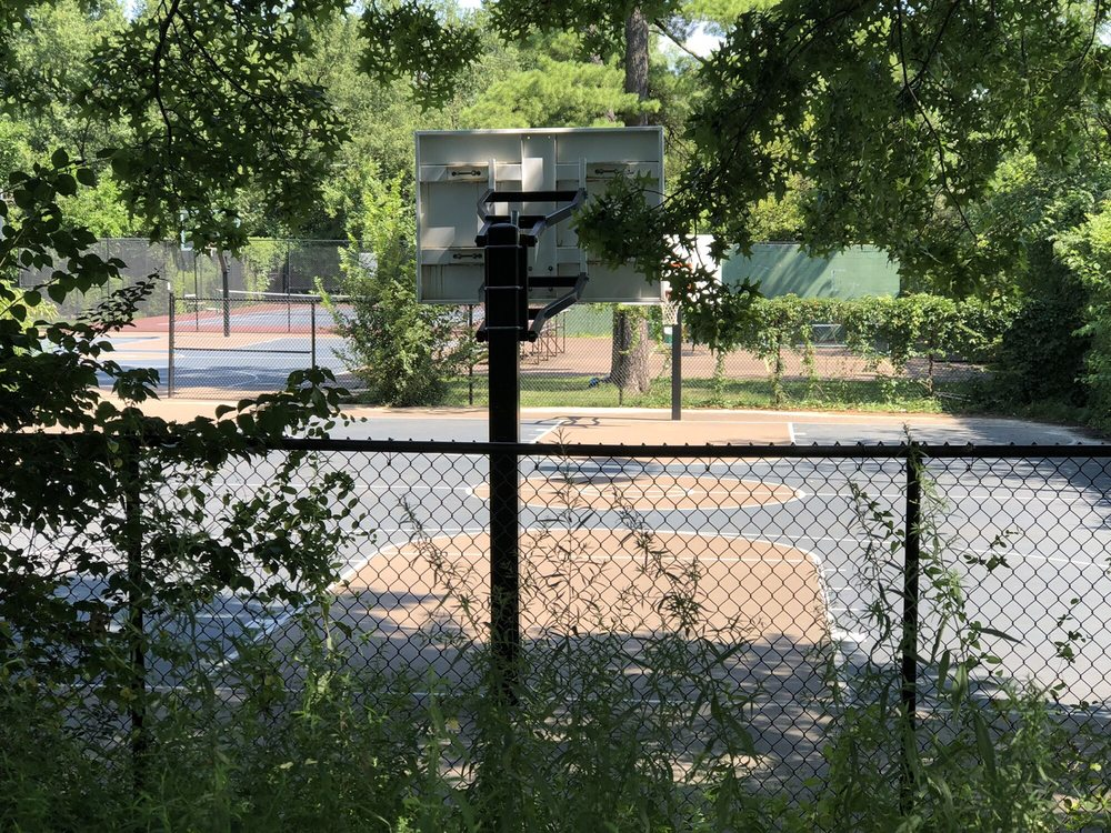 Chevy Chase Recreation Center: 5500 41st St NW, Washington, DC, DC