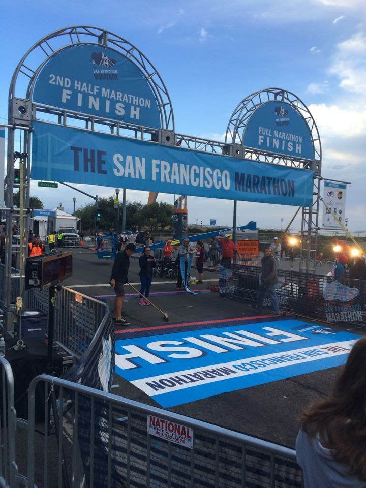 Vivas Banners & Signs