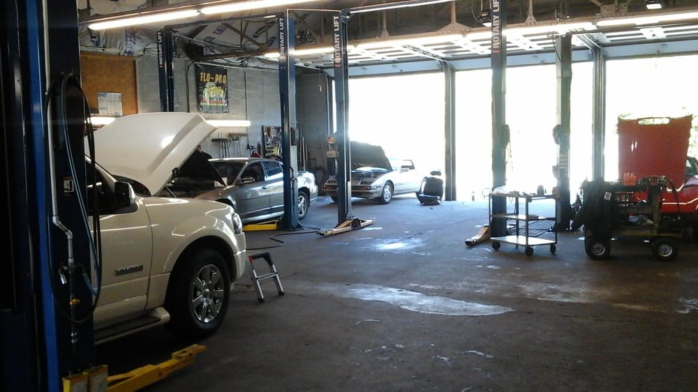 Shorey Automotive: 1432 NW Eugene St, Topeka, KS