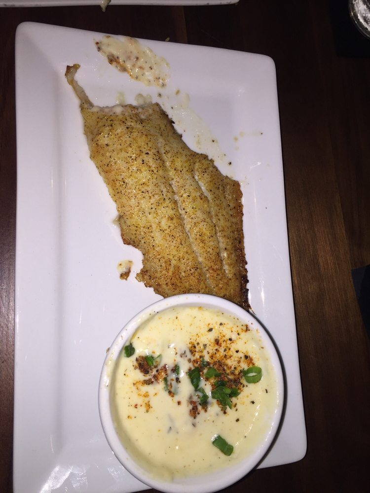 Downtown Grille: 525 Washington Ave, Greenville, MS
