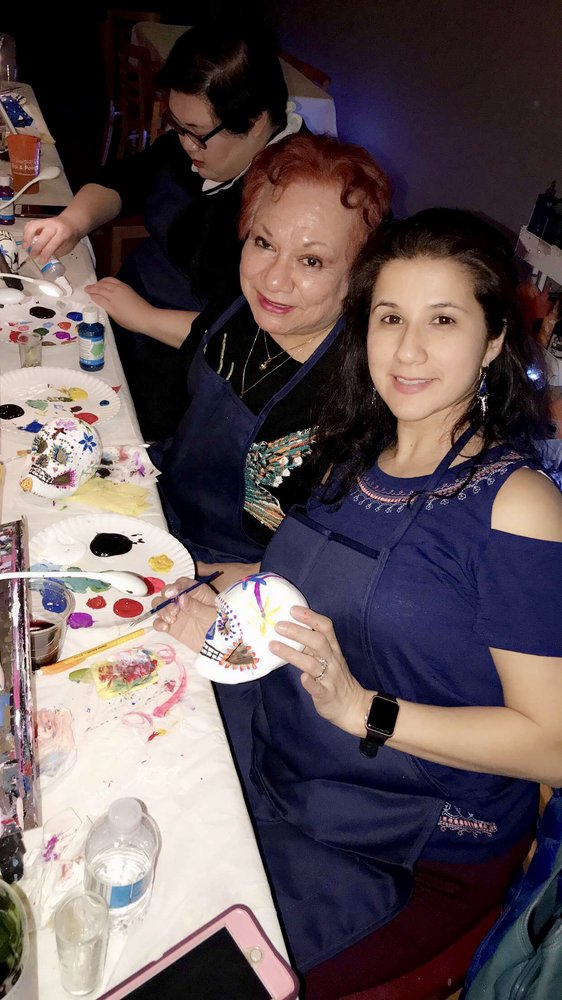 Museica Sip & Paint: 2052 N Western Ave, Chicago, IL