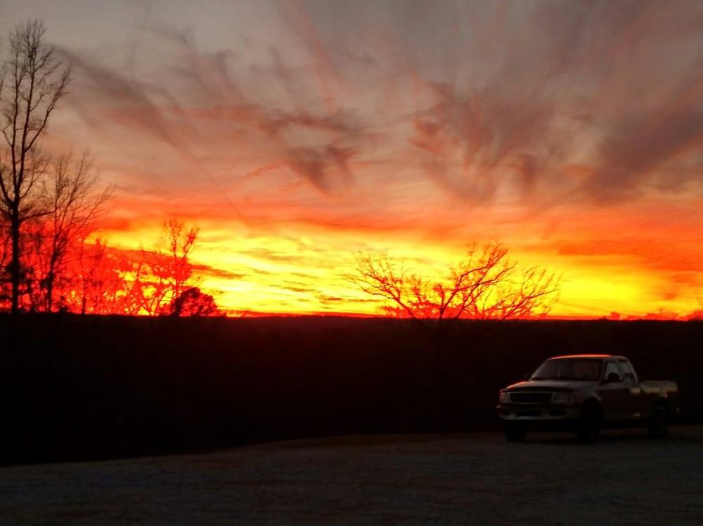 Sunset Ridge Campground: 2320 Middleton Shores Dr, Elberton, GA