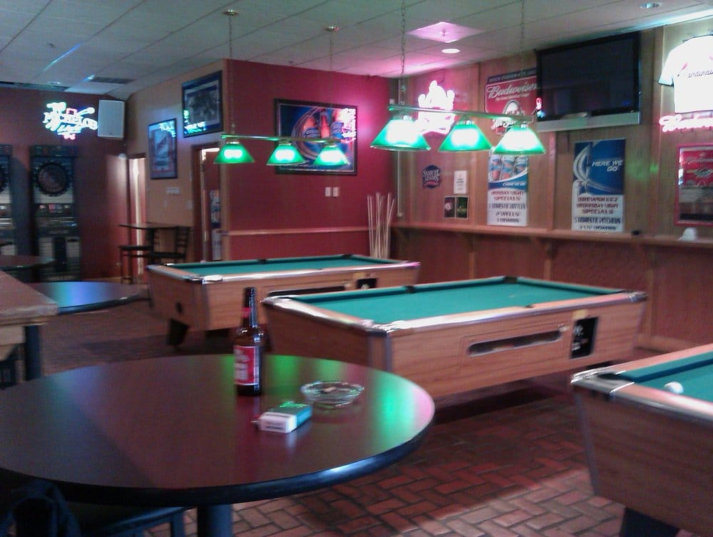 Brewskeez Restaurant Lukket Sportsbarer 1792 N New Florissant Rd Florissant Mo Usa