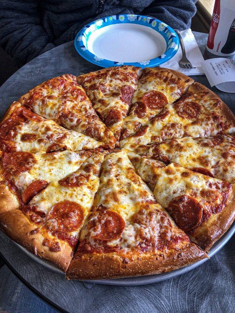 Pizza Villa: 172 N State St, Preston, ID