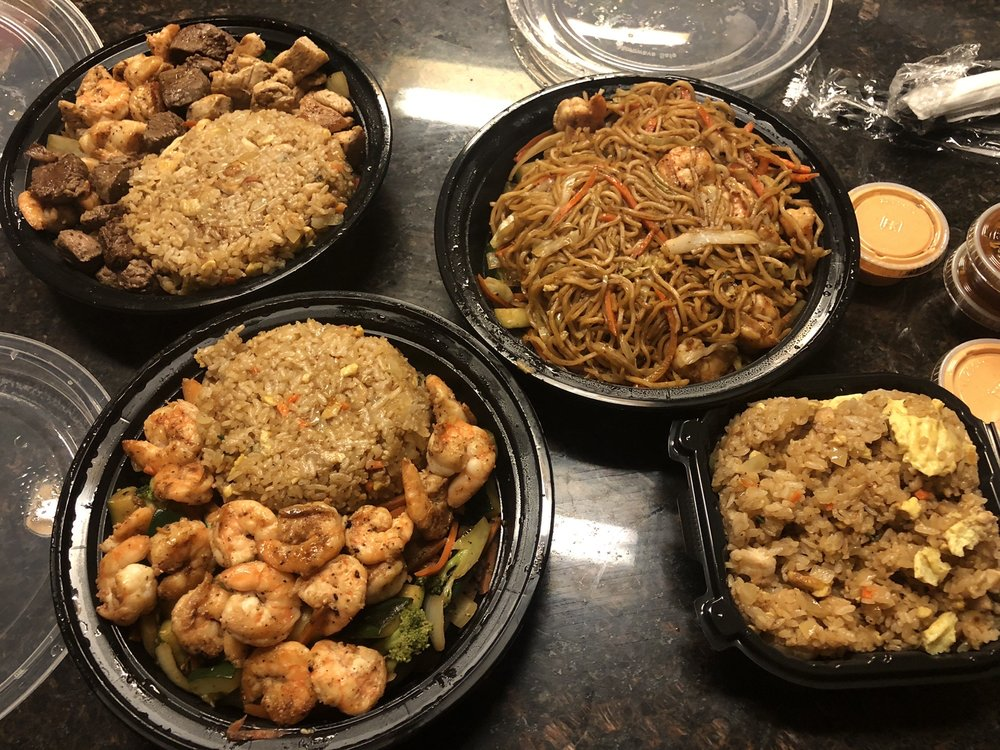 Food from Hibachi 38 Truck Supreme