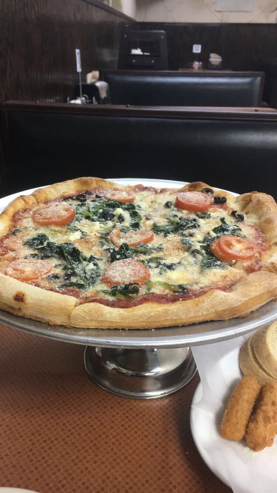 Napoli's Pizza: 6018 Athens St, Lula, GA