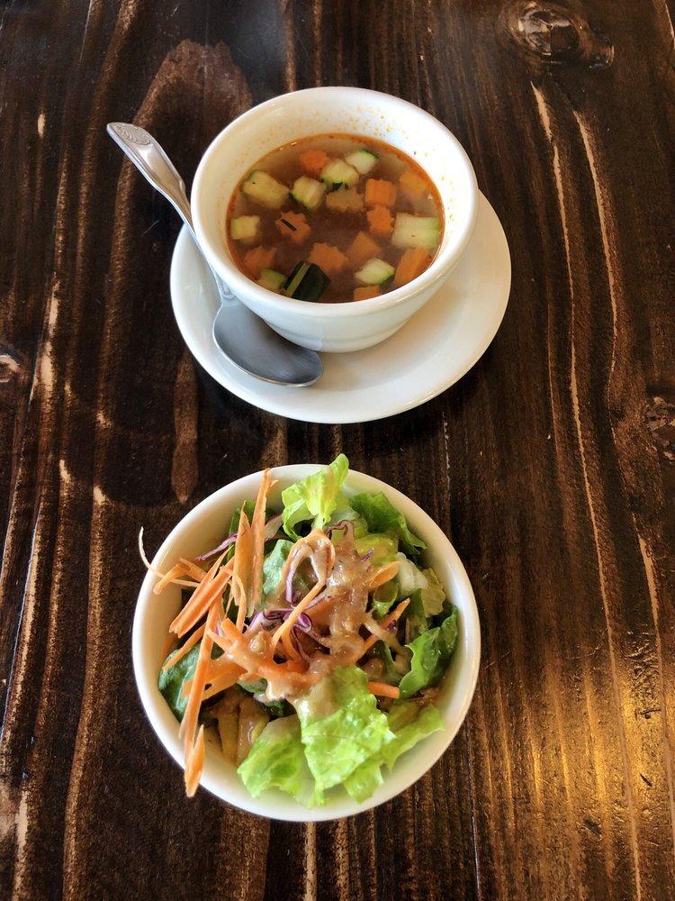 Iron Pan Thai Kitchen: 13538 Poway Rd, Poway, CA