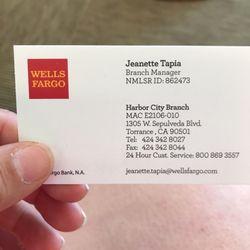 Wells Fargo Bank - 13 Photos & 28 Reviews - Banks & Credit