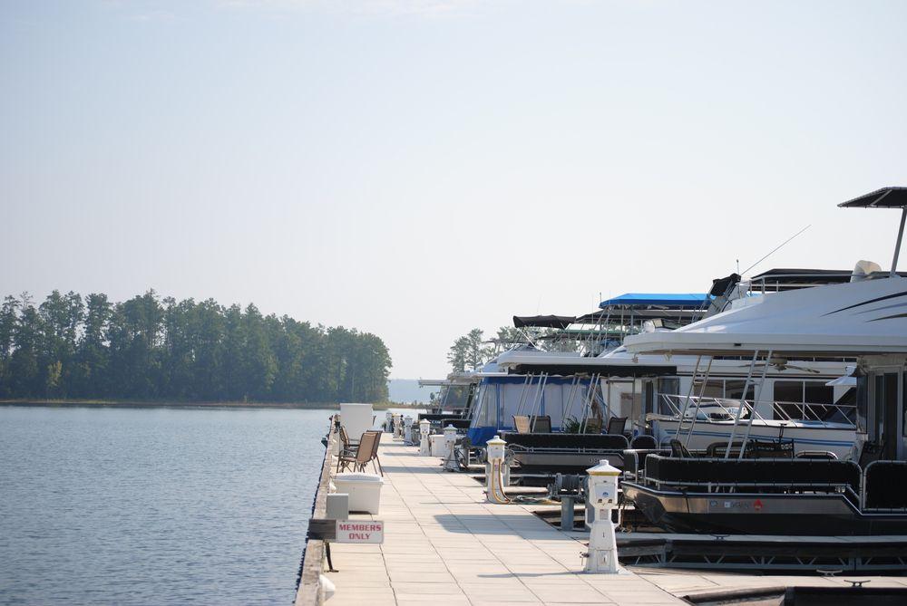 Safe Harbor Trade Winds: 5577 Marina Pkwy, Appling, GA