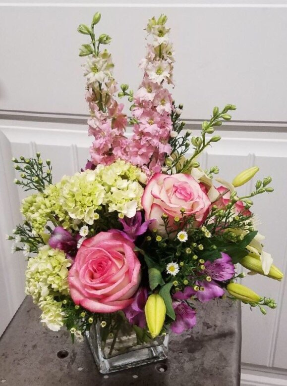 Timber Creek Floral: 1307 Main St, Winfield, KS