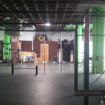 Daro S Extreme Fitness 21 Photos Gyms 1123 Close Ave