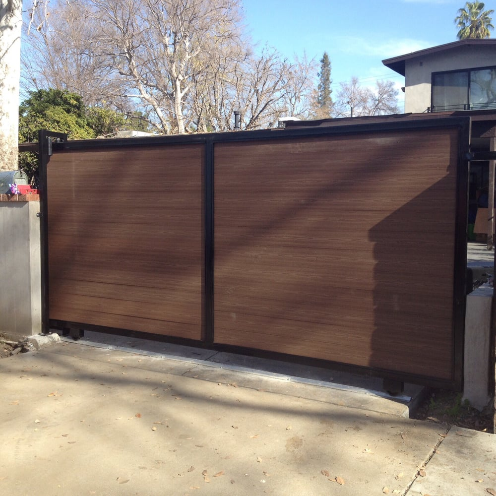 New gate yelp for Local garage door