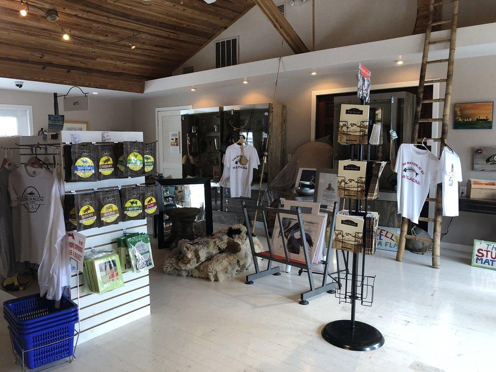 Matlacha Island Shop: 4195 Pine Island Rd NW, Matlacha, FL