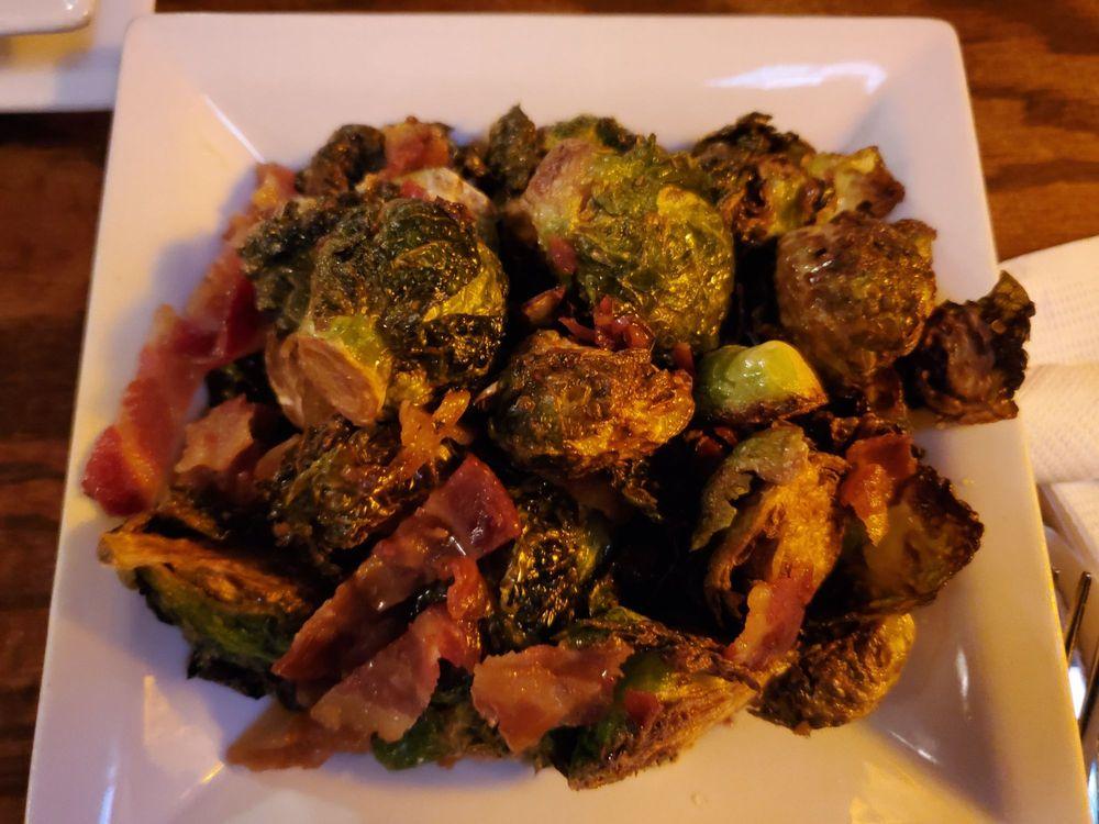 Huron Street Pub & Grill: 7304 Main St, Mackinac Island, MI