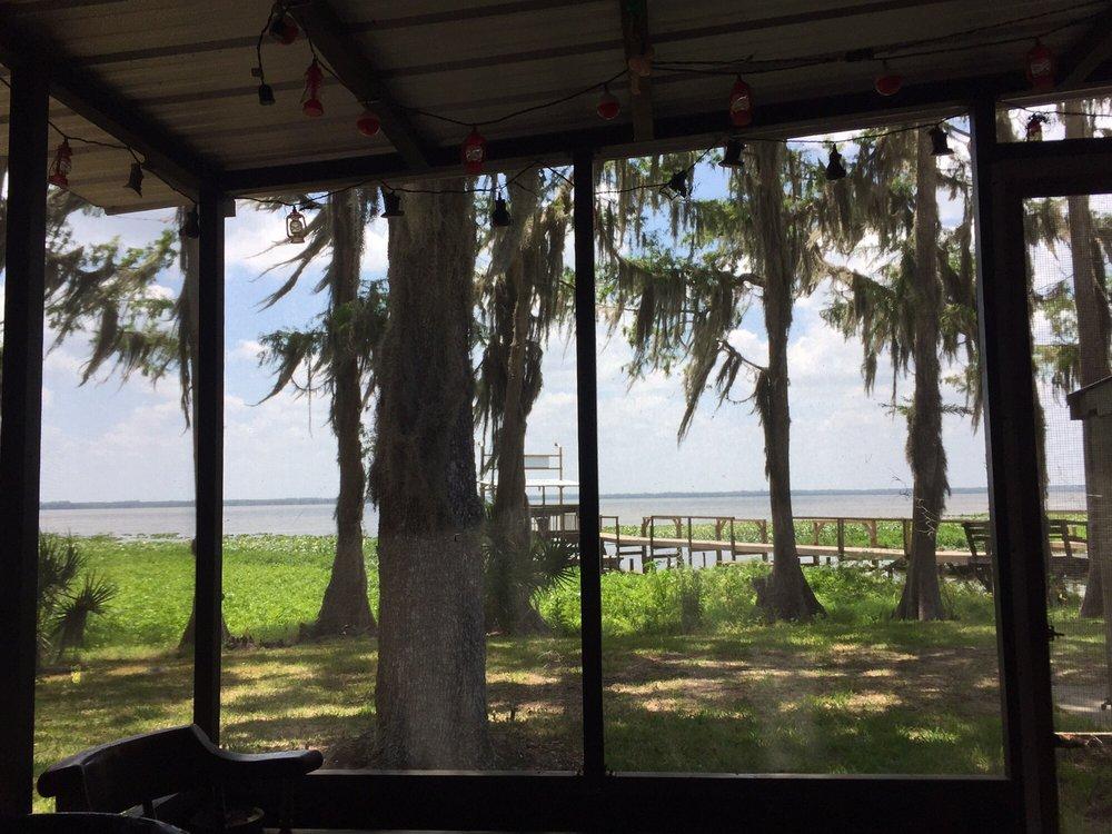Lochloosa Harbor RV Park: 15008 SE US Hwy 301, Hawthorne, FL