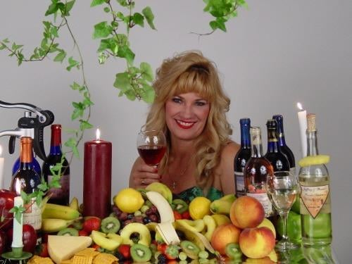 The Wine N Vine: 1524 E McGalliard Rd, Muncie, IN
