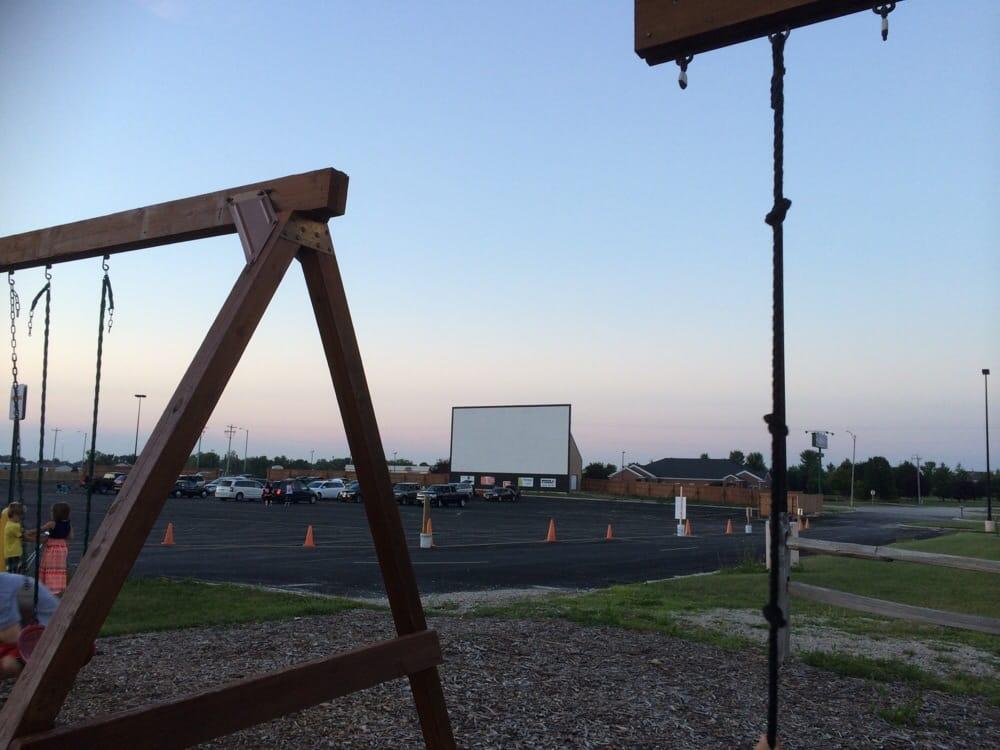 Twilight Drive-in Cinema: 1255 E Chestnut St, Chilton, WI