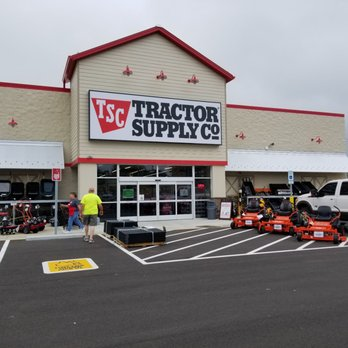 Tractor Supply - Farming Equipment - 1526 N Main St, Rushville, IN