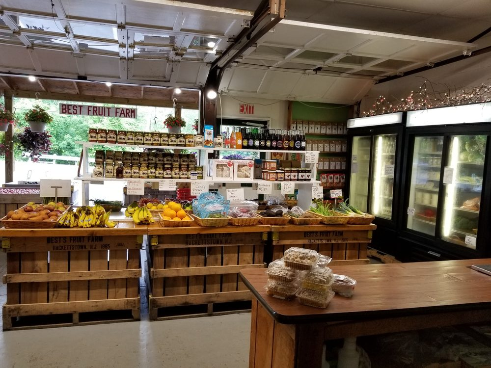 Best's Fruit Farm: 1 Russling Rd, Hackettstown, NJ