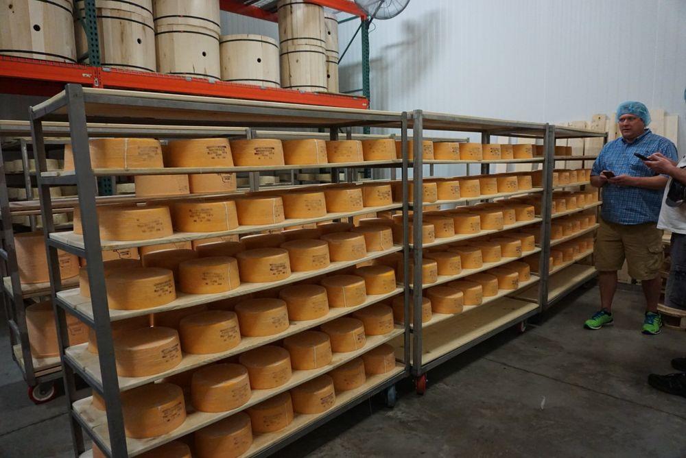 Henning Cheese Factory: 20201 Point Creek Rd, Kiel, WI